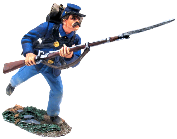 Union Infantry in Sack Coat Charging No.6